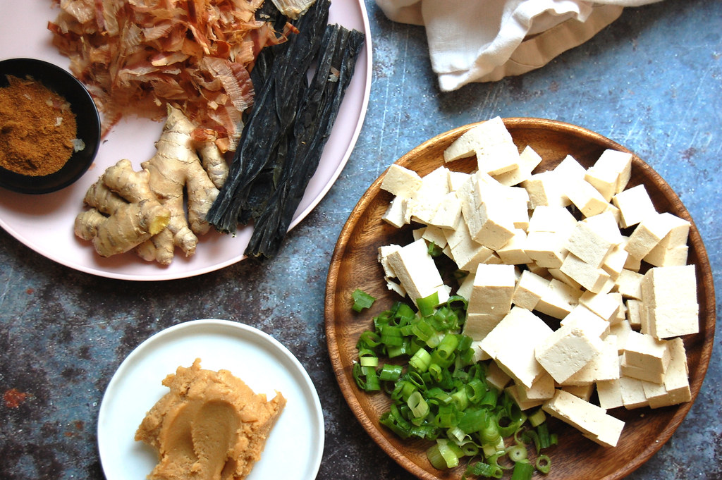 ingredients for homemade miso soup