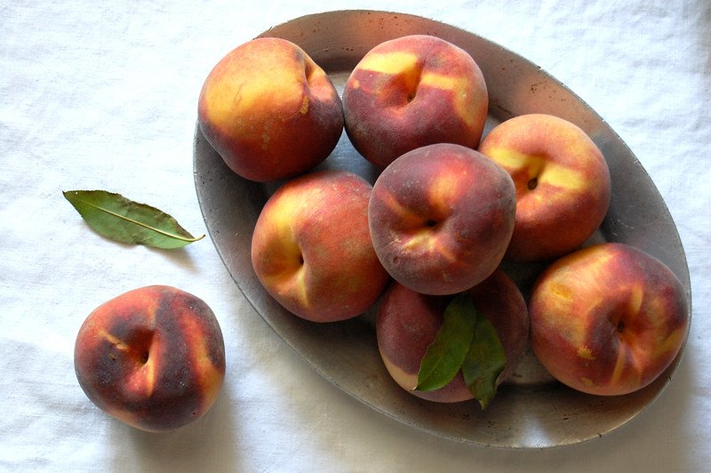 plate of ripe peaches on serving tray