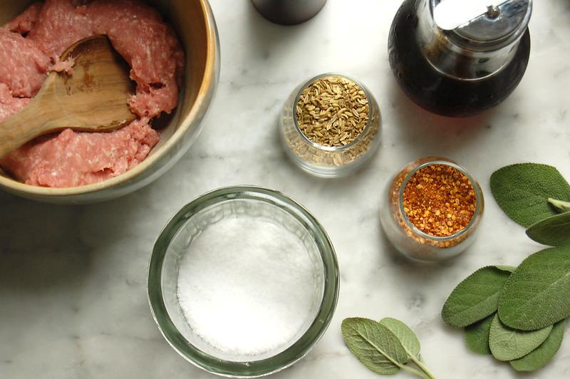 maple sage breakfast sausage ingredients