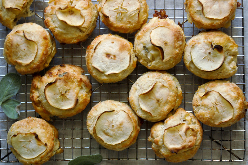 cooling rack with finished baked apple sage and gruyere scones