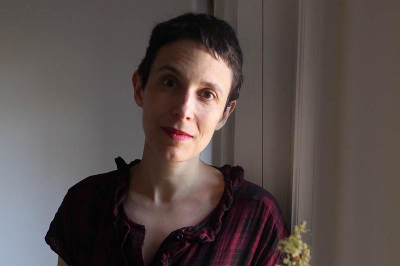 Elizabeth Tulis head shot