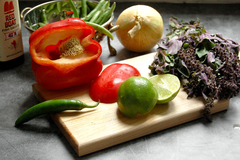 ingredients for kra pao lime peppers basil onion