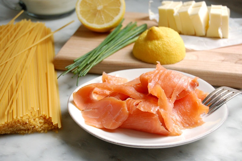 ingredients for pasta linguine smoked salmon lemon chives