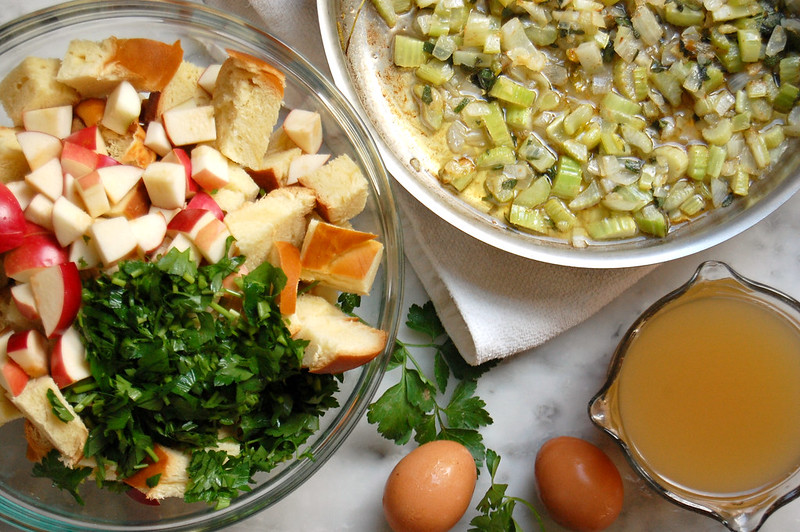 thanksgiving stuffing recipe ingredients apple celery parsley bread egg butter