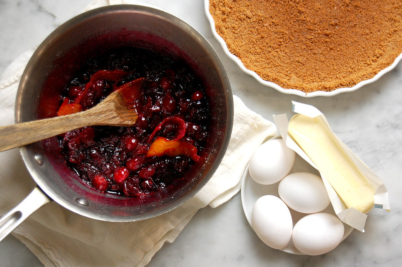 cranberry sauce with graham crust and custard ingredients egg butter