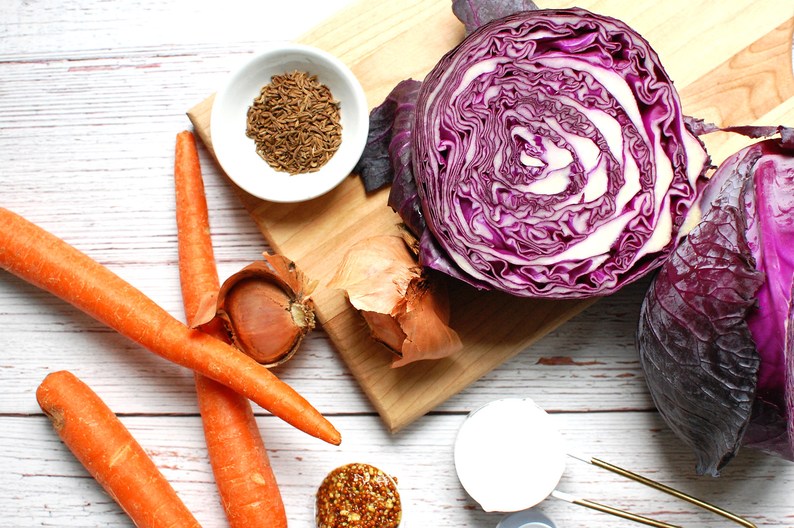 red cabbage slaw ingredients carrots dressing