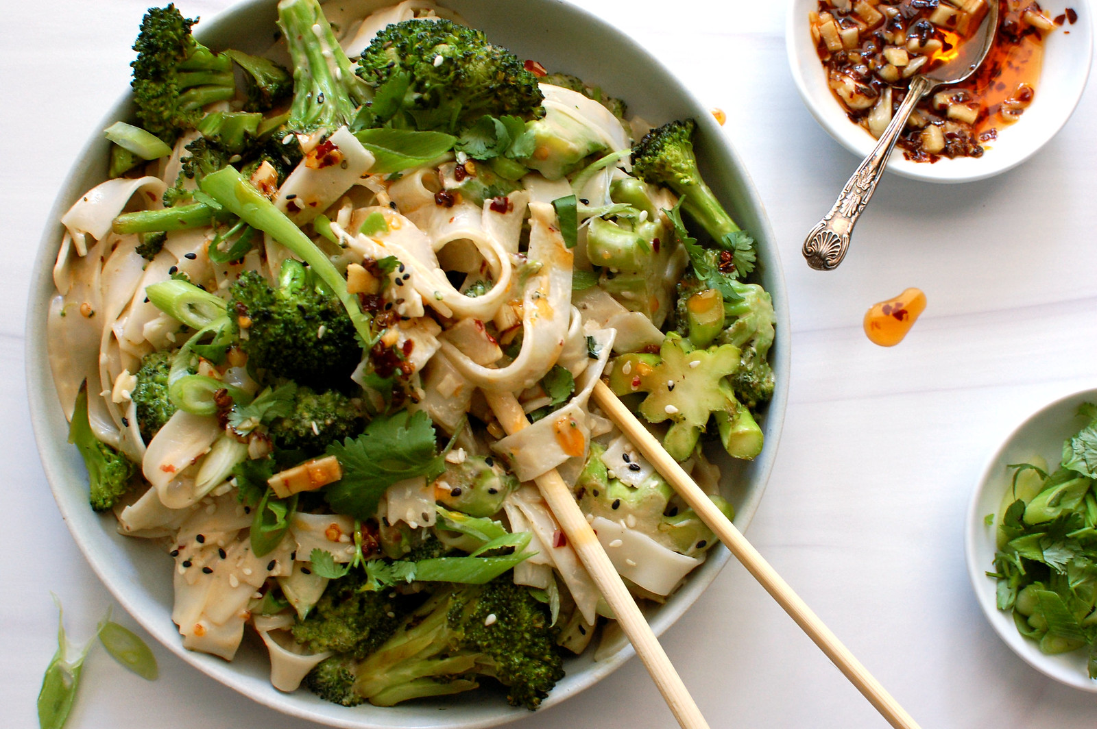 spicy Asian sesame rice noodle salad with broccoli