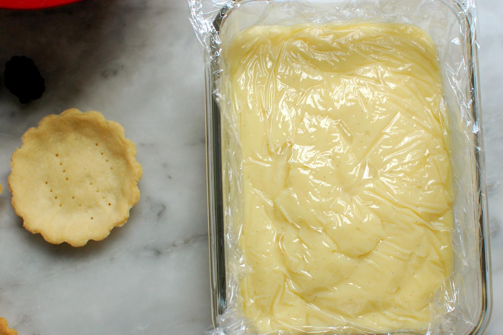 vanilla pastry cream in bowl