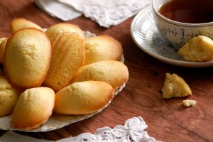 Real French Madeleine Cookies: The Recipe