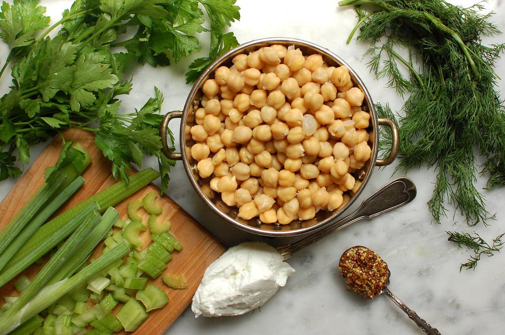 Easy Chickpea Salad Recipe - Healthy Vegetarian Sides