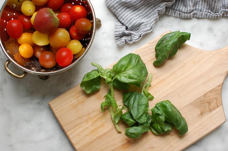 How to Chiffonade Basil - Knife Skills