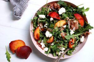 Summer Peach Salad: Easy Recipes