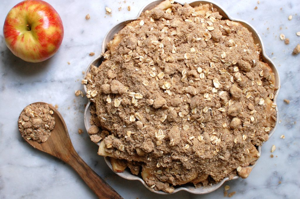 How to Make Streusel Topping for Pie (+ Recipe)